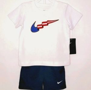 NIKE 2-Piece Shirt & Shorts Outfit Size 2T